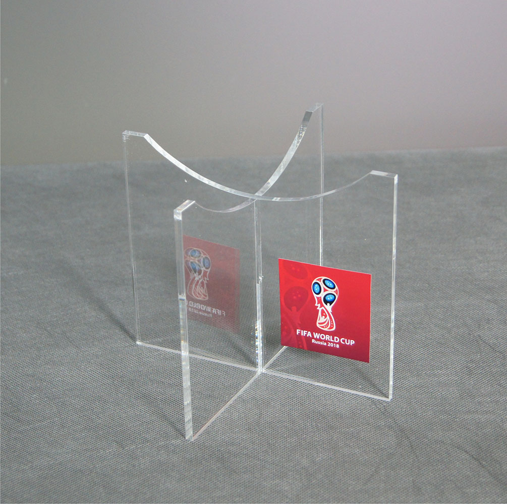 Подставки для футбольного мяча