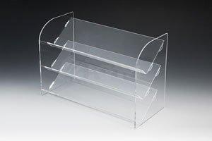 Выбираем пластиковые и акриловые витрины